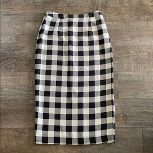 Gingham black and white Who What Wear sz 2 skirt